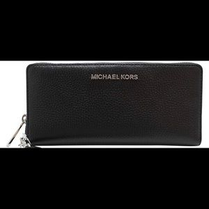 Michael Kors Leather Continental Wallet🖤